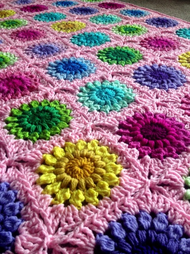 Sunburst Flower crochet blanket pattern