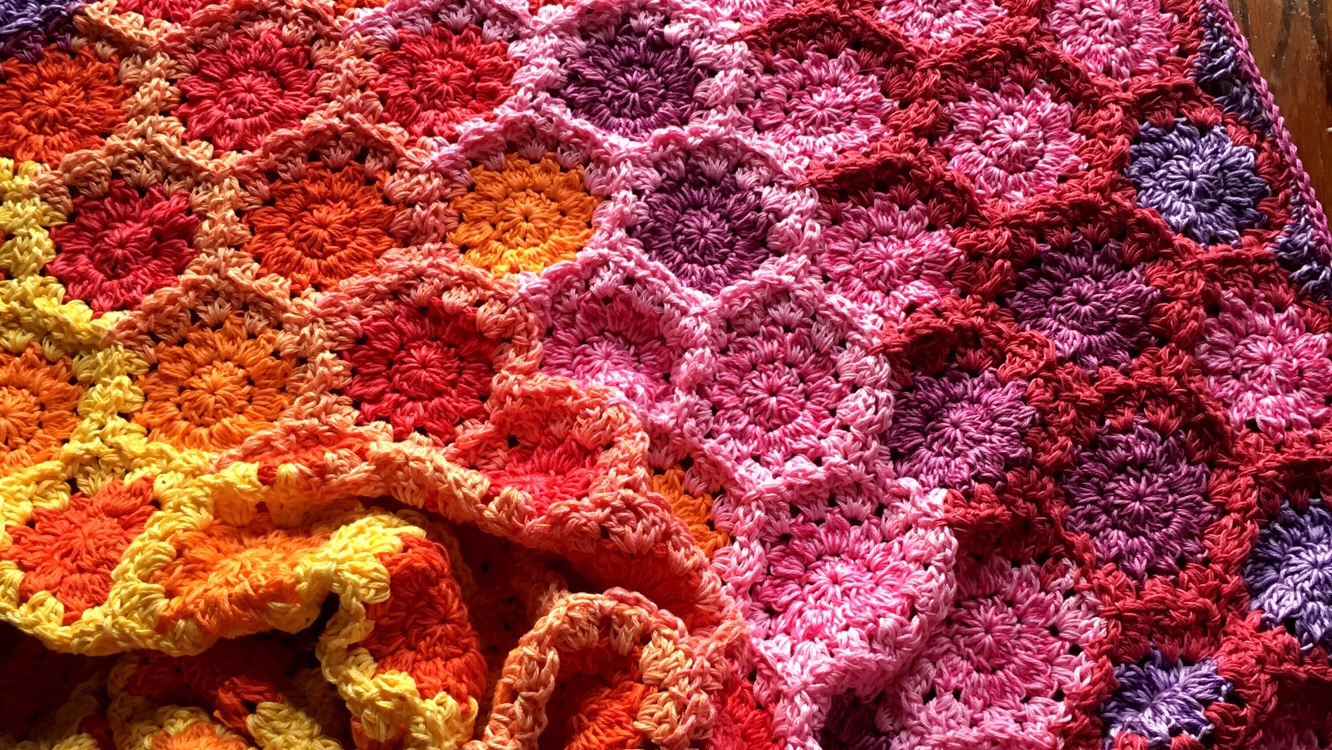 Cozy Flowers Free Babylove Brand It With Crochet S Found A Few Patterns